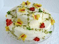 Tort truskawkowo-ananasowy