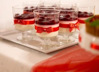 Słodki stół przygotowany na nasze wesele
