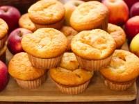 Muffinki z jabłkami i budyniem