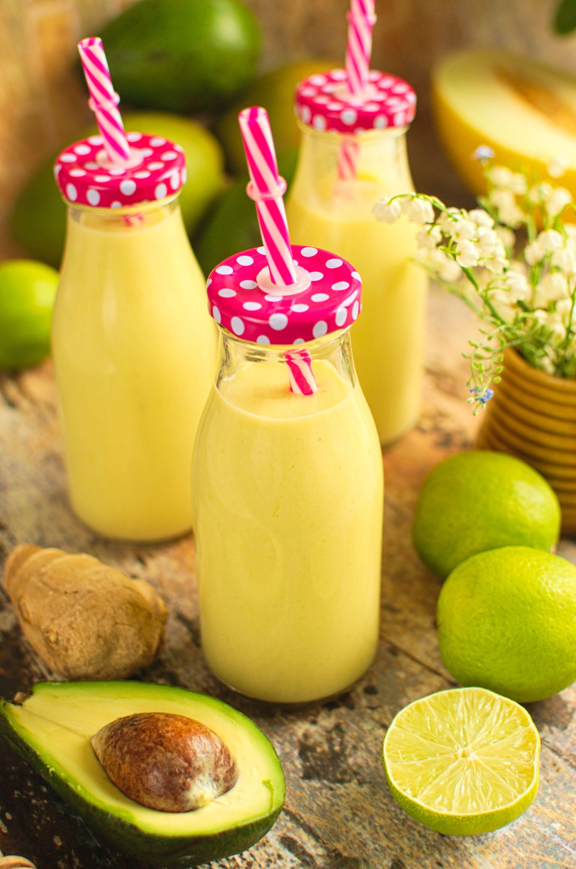 Koktajl z melonem, mango i awokado