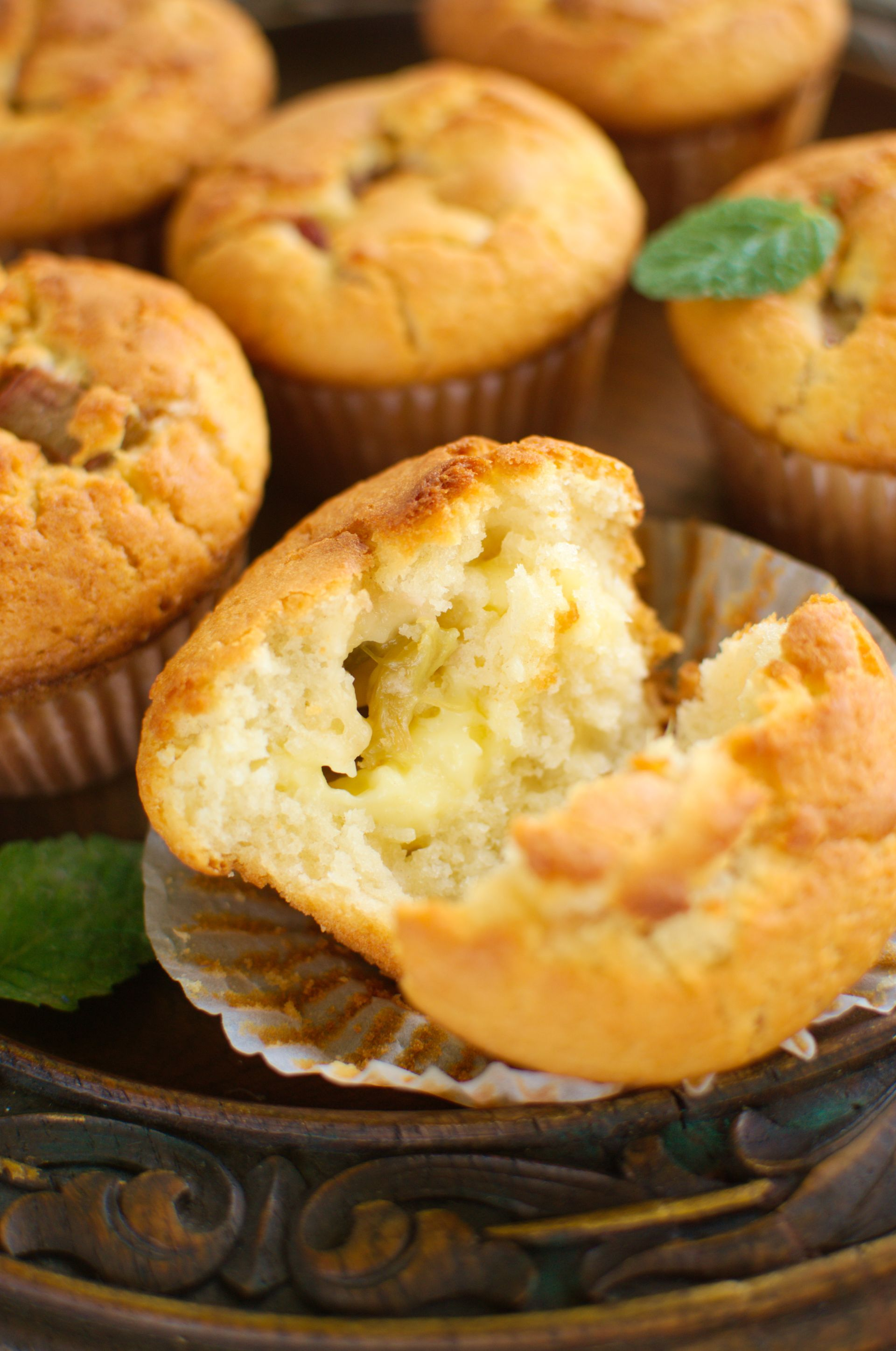 Muffinki z rabarbarem i budyniem