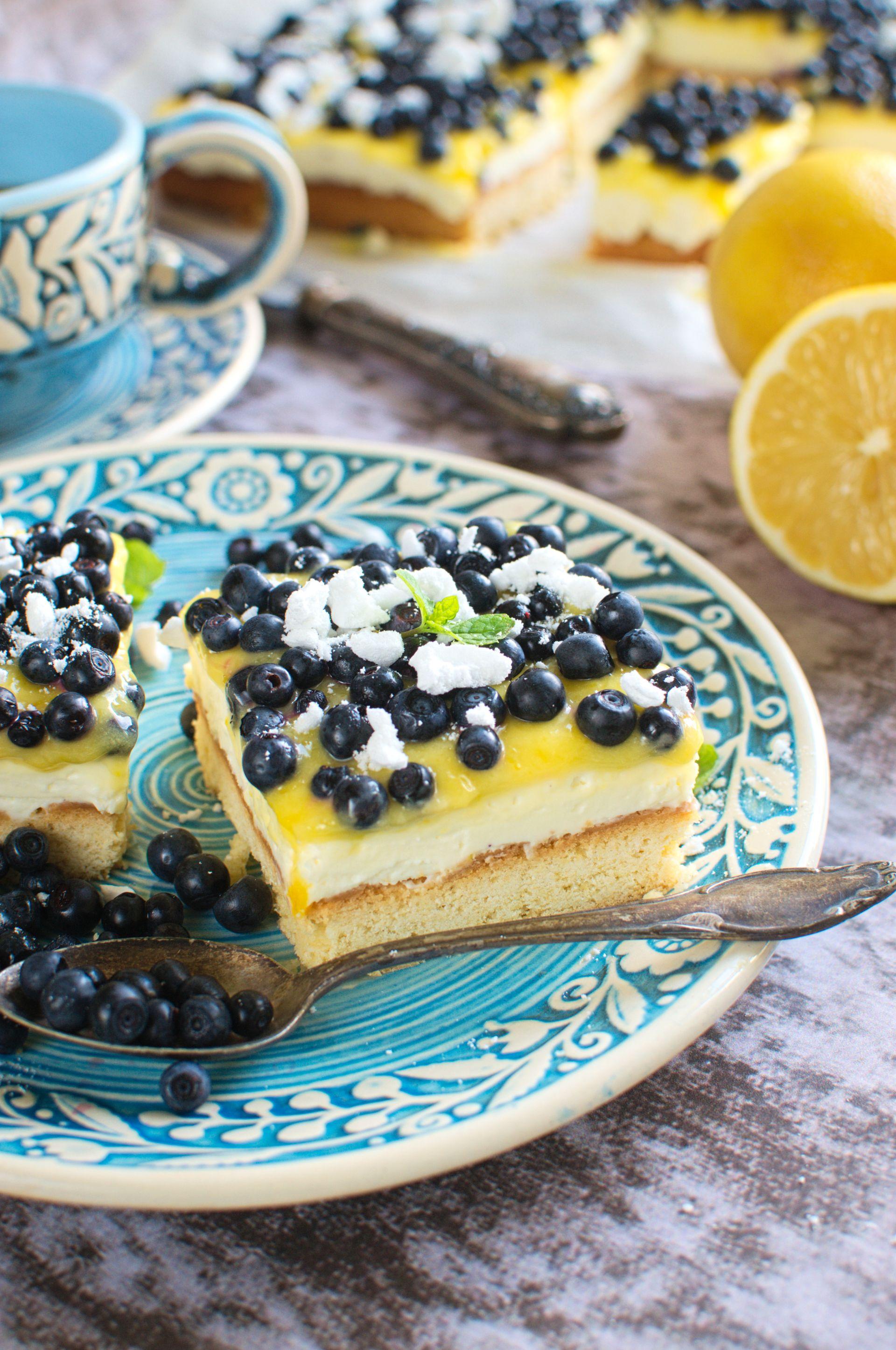 Ciasto z jagodami i lemon curd