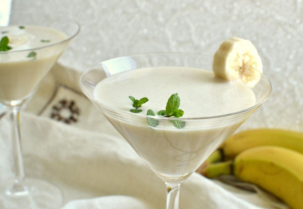 Koktajl sojowo-bananowy z masłem orzechowym