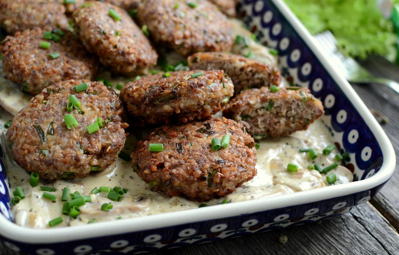 Hreczanyki czyli kotlety z kaszy gryczanej i mięsa mielonego