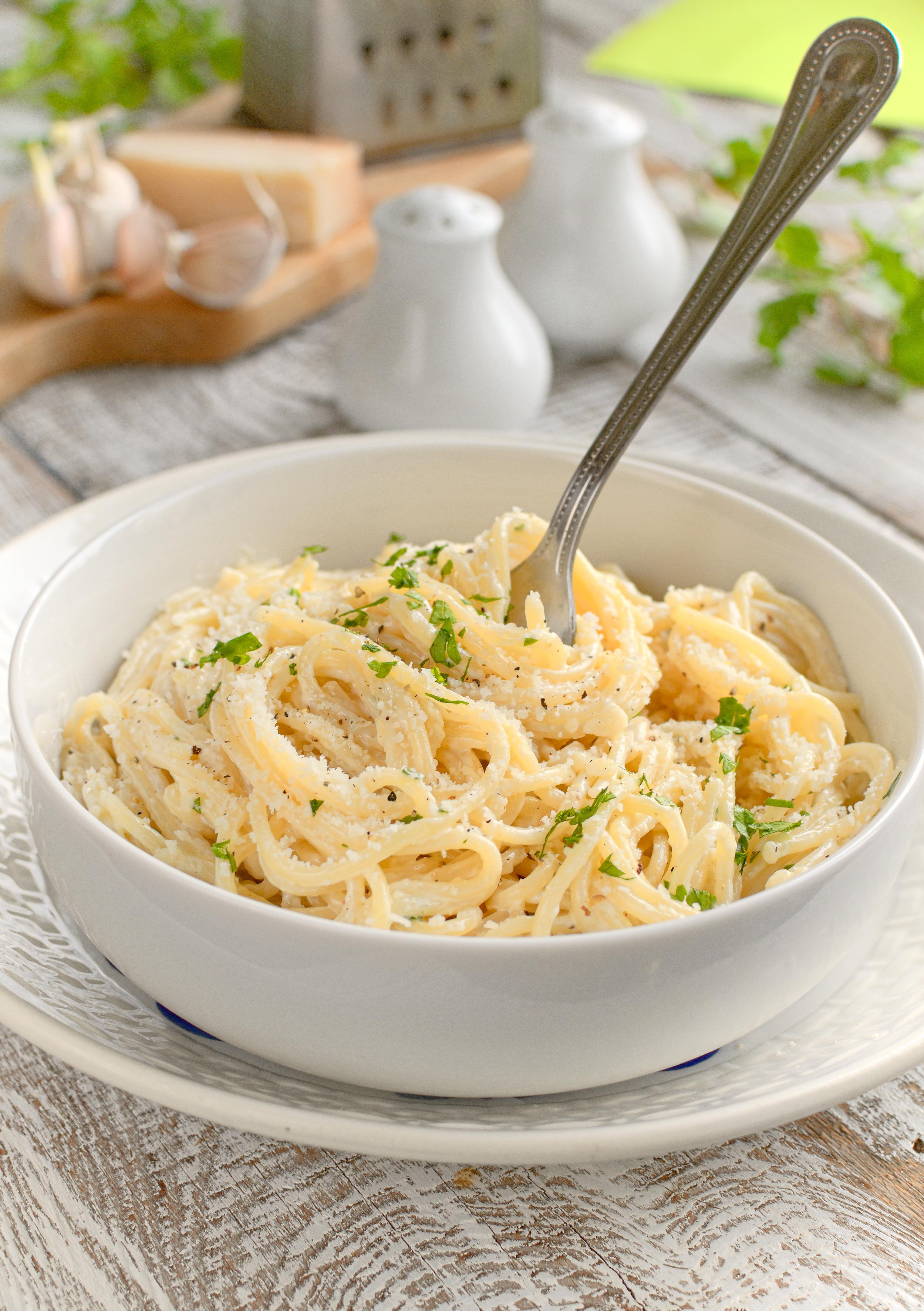 Spaghetti z sosem alfredo