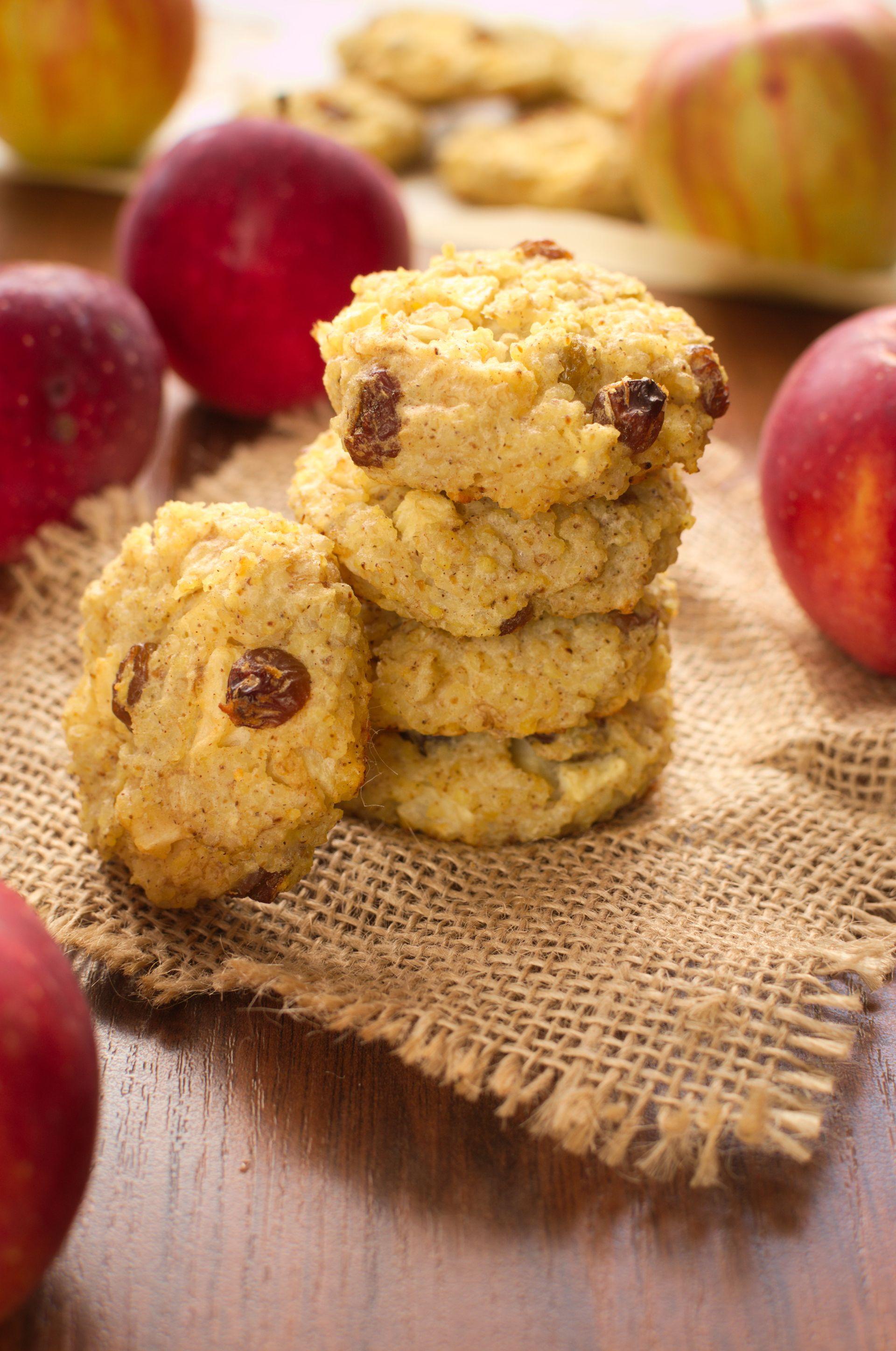 Śniadaniowe ciastka jaglane z jabłkiem