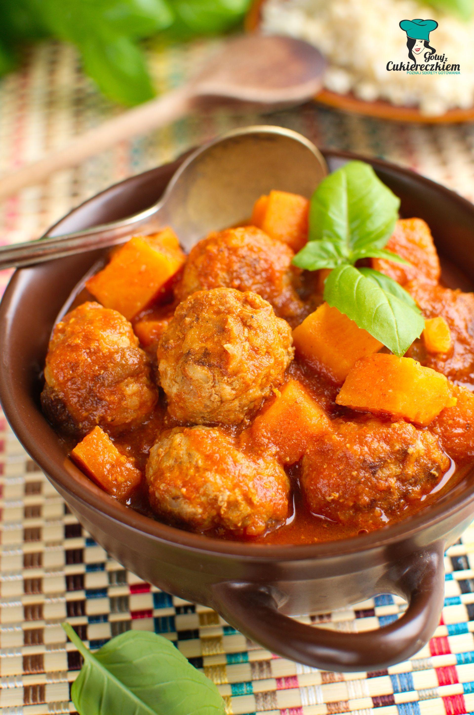 Pulpeciki z batatami w słodko-ostrym sosie