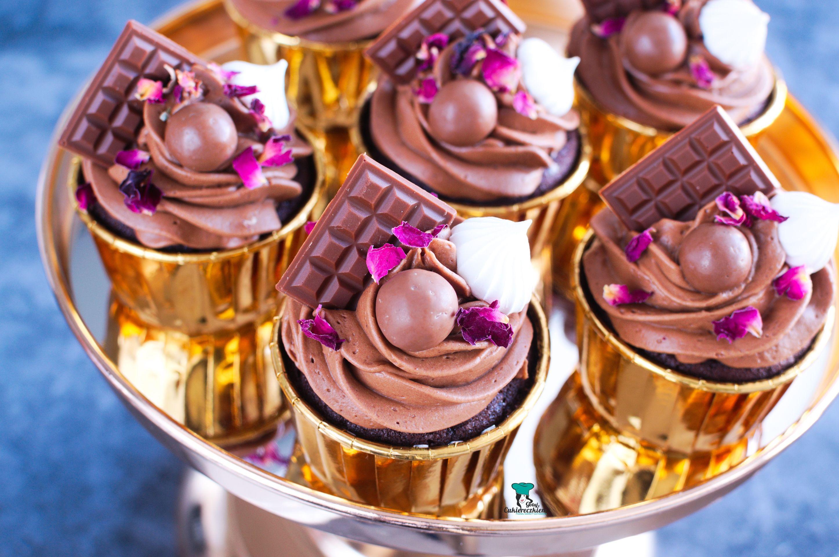 Babeczki czekoladowe z kremem truflowym