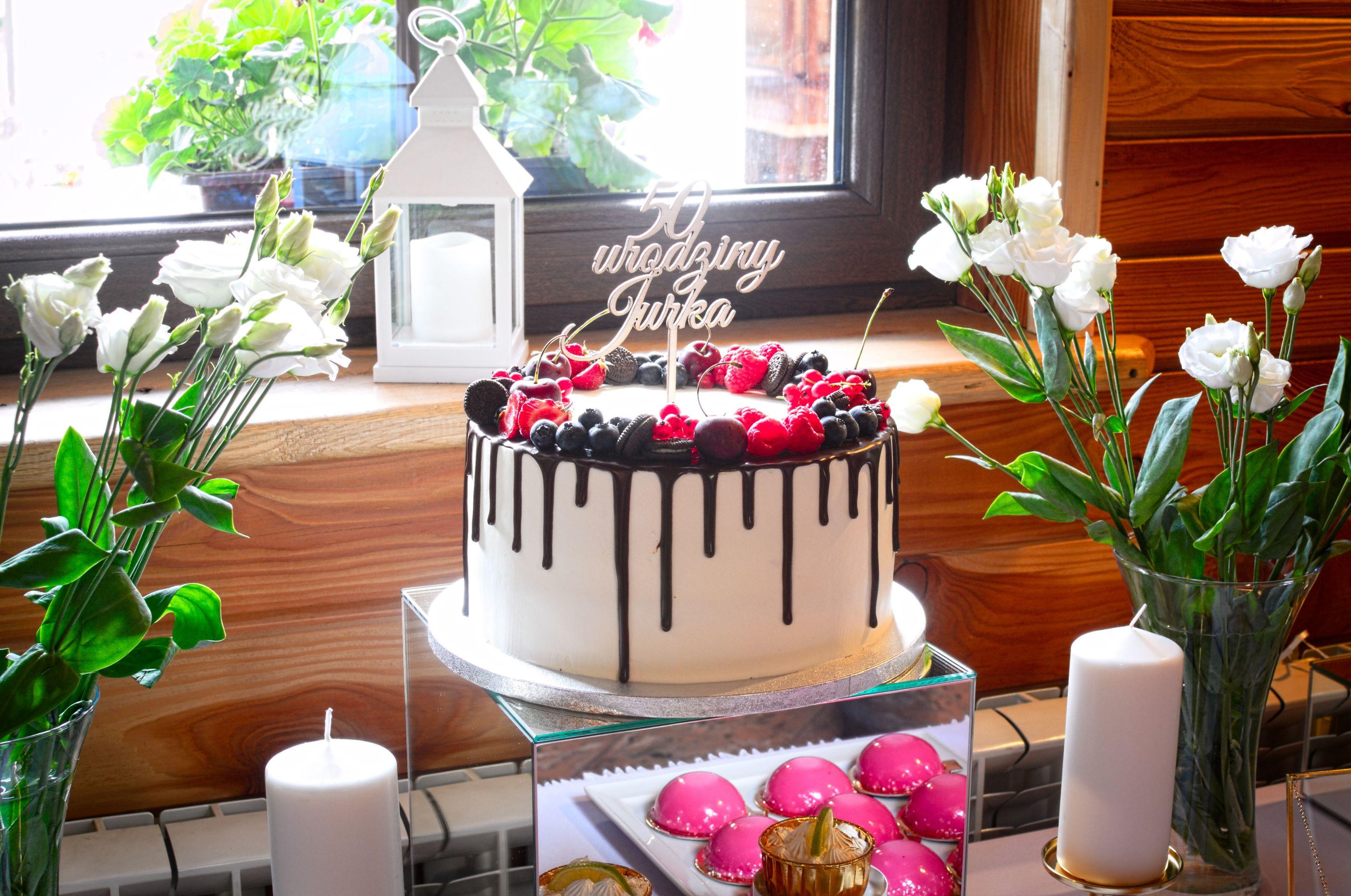 Tort na 50-te urodziny