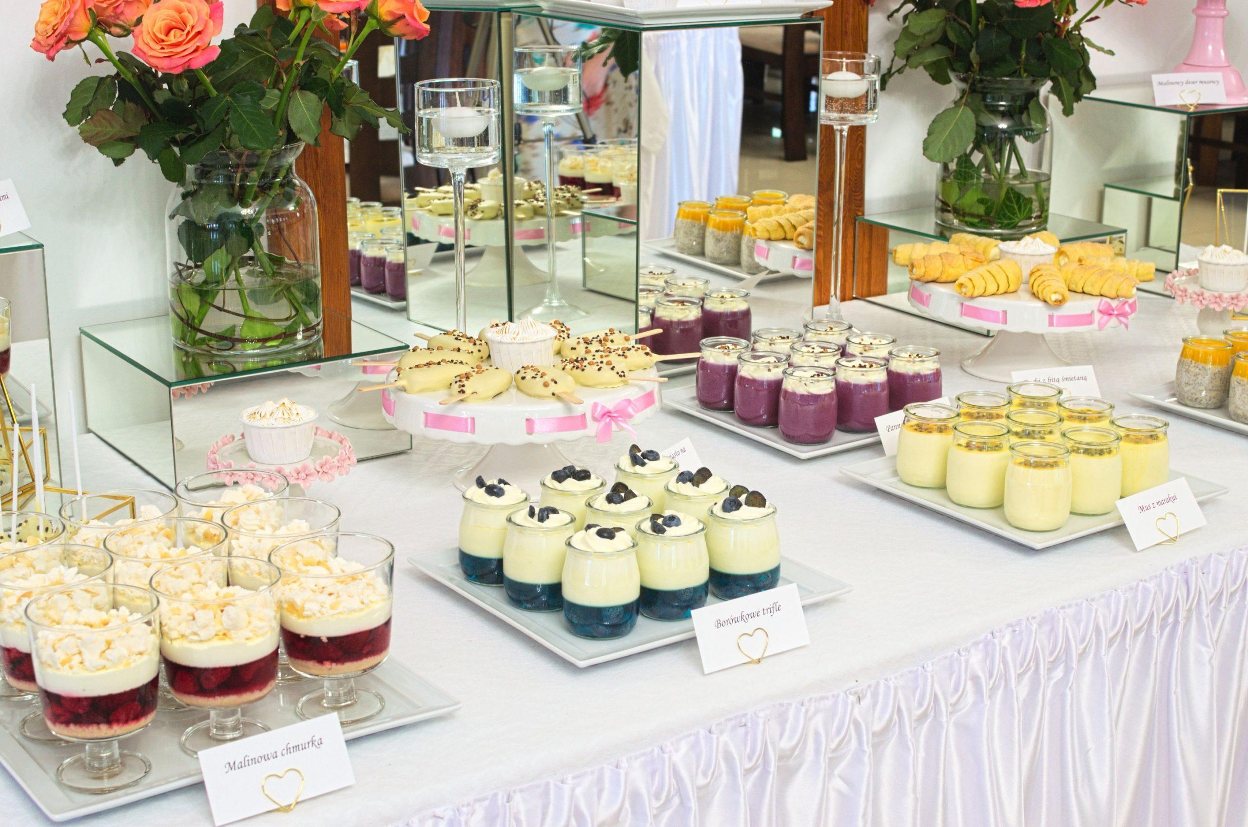 Słodki stół przygotowany na wesele Damiana i Wioli