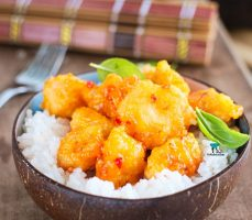 Kurczak kokosowy w słodkim sosie chili