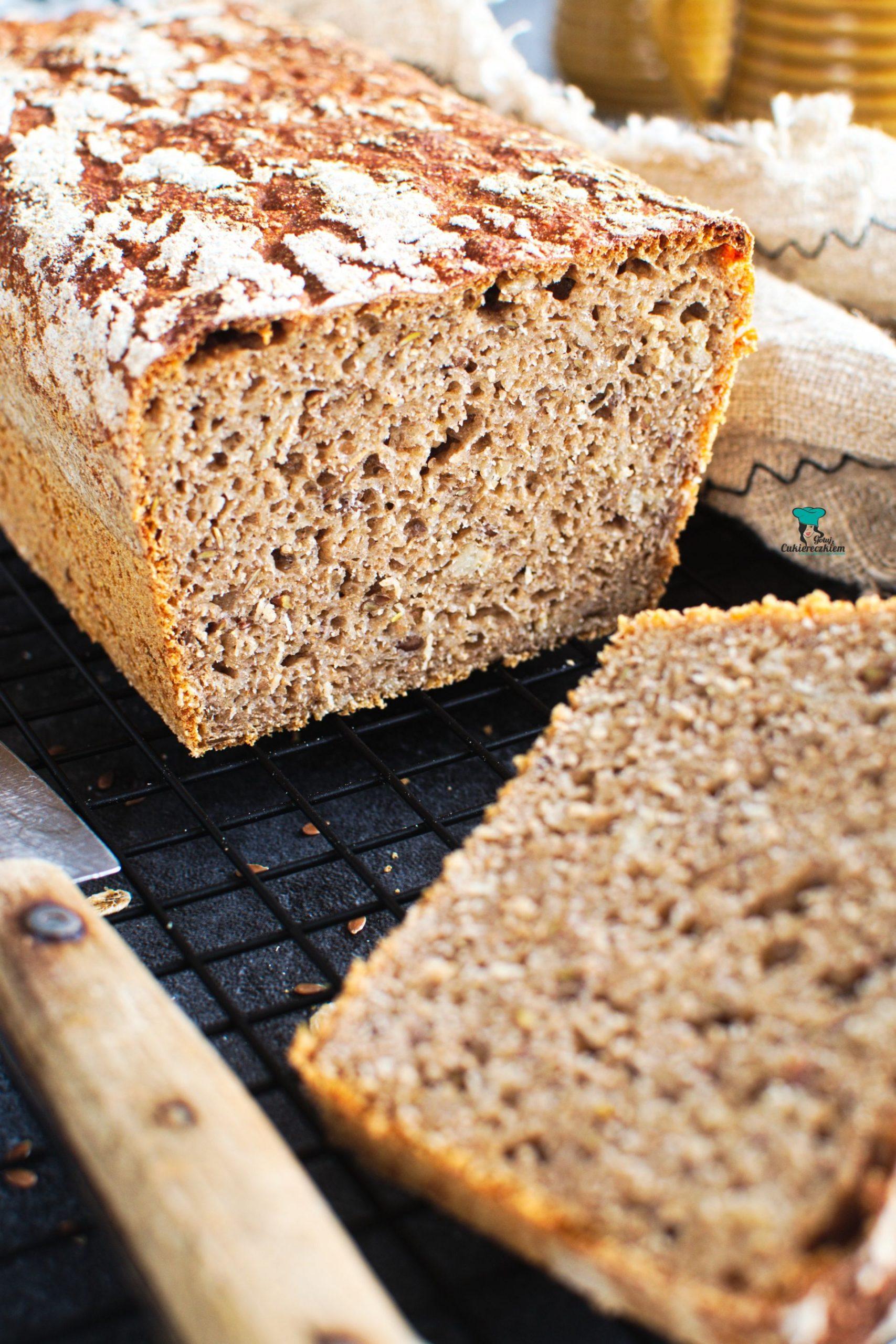 Chleb pszenno-żytni z maślanką na zakwasie