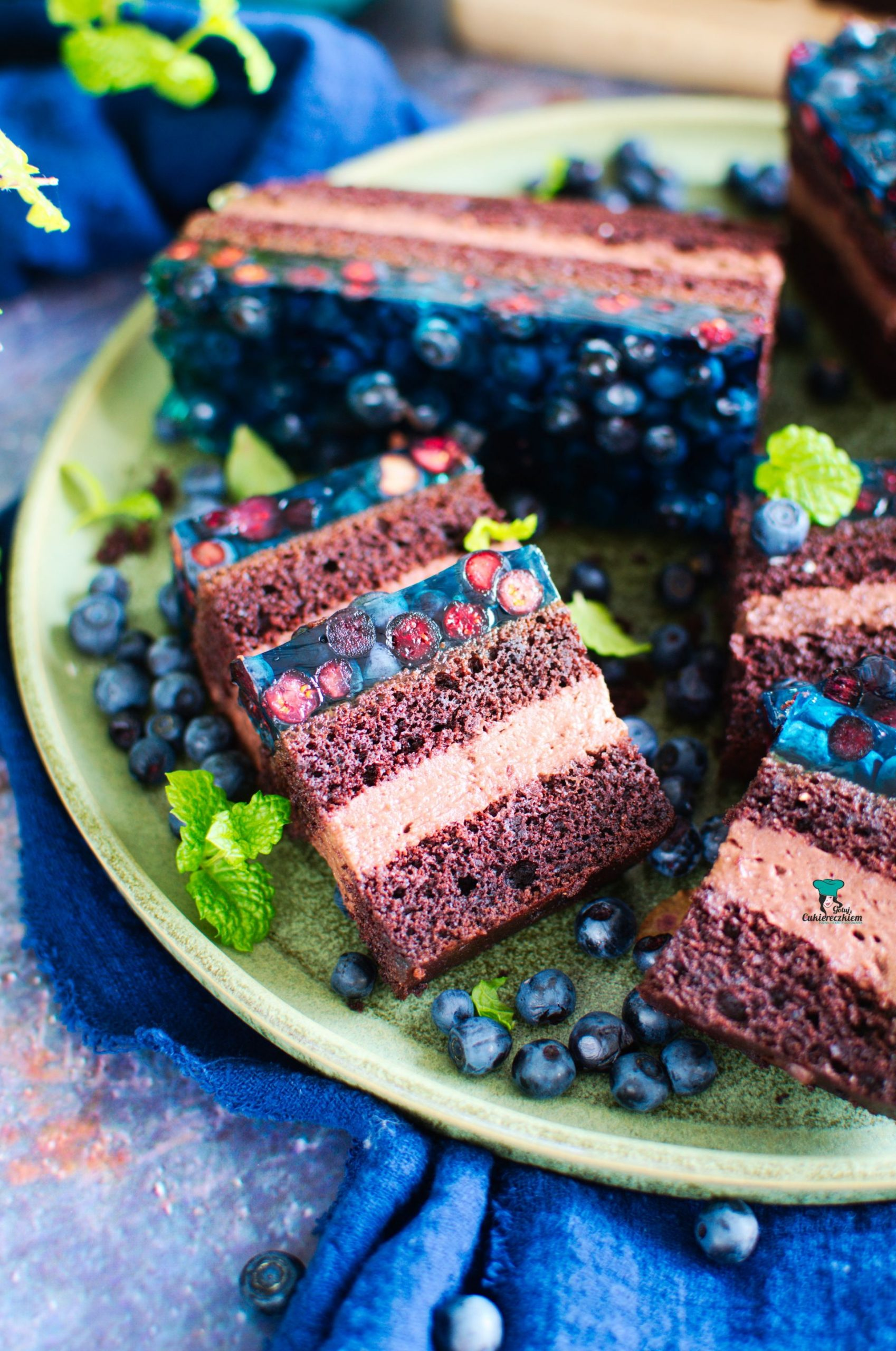 Ciasto czekoladowe z jagodami